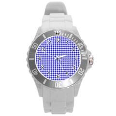 Friendly Houndstooth Pattern,blue Round Plastic Sport Watch (l)