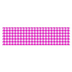 Friendly Houndstooth Pattern,pink Satin Scarf (oblong)