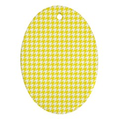 Friendly Houndstooth Pattern,yellow Oval Ornament (two Sides)