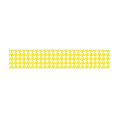Friendly Houndstooth Pattern,yellow Flano Scarf (mini)