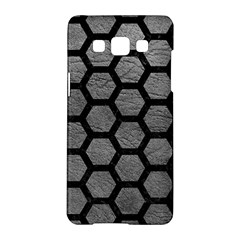 Hexagon2 Black Marble & Gray Leather (r) Samsung Galaxy A5 Hardshell Case