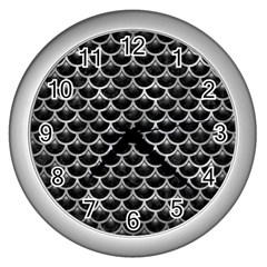 Scales3 Black Marble & Gray Metal 2 Wall Clocks (silver)