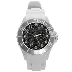 Damask1 Black Marble & Gray Stone Round Plastic Sport Watch (l)