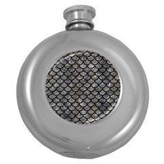 Scales1 Black Marble & Gray Stone (r) Round Hip Flask (5 Oz)