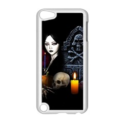 Vampires Night  Apple Ipod Touch 5 Case (white)