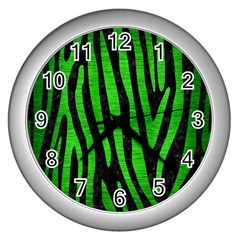 Skin4 Black Marble & Green Brushed Metal (r) Wall Clocks (silver)