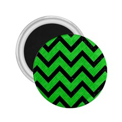 Chevron9 Black Marble & Green Colored Pencil (r) 2 25  Magnets