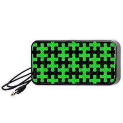 Puzzle1 Black Marble & Green Colored Pencil Portable Speaker