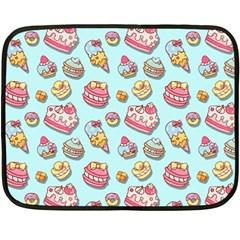 Sweet Pattern Fleece Blanket (mini)