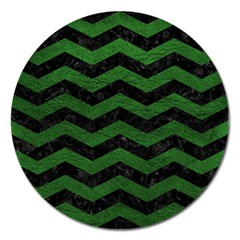 Chevron3 Black Marble & Green Leather Magnet 5  (round)
