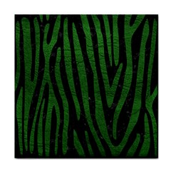 Skin4 Black Marble & Green Leather (r) Face Towel