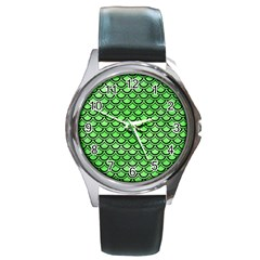 Scales2 Black Marble & Green Watercolor (r) Round Metal Watch