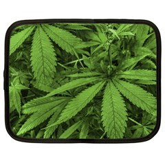 Marijuana Plants Pattern Netbook Case (xxl)
