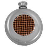 HOUNDSTOOTH1 BLACK MARBLE & RUSTED METAL Round Hip Flask (5 oz) Front