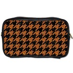 HOUNDSTOOTH1 BLACK MARBLE & RUSTED METAL Toiletries Bags Front