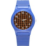 HOUNDSTOOTH1 BLACK MARBLE & RUSTED METAL Round Plastic Sport Watch (S) Front