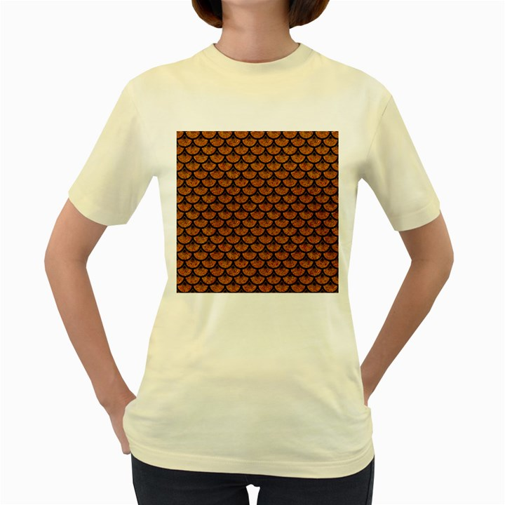 SCALES3 BLACK MARBLE & RUSTED METAL Women s Yellow T-Shirt