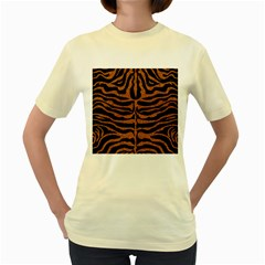 Skin2 Black Marble & Rusted Metal (r) Women s Yellow T Shirt
