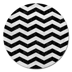 Chevron3 Black Marble & White Leather Magnet 5  (round)