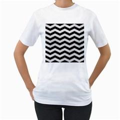 Chevron3 Black Marble & White Leather Women s T Shirt (white)