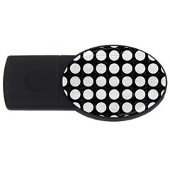 Circles1 Black Marble & White Leather (r) Usb Flash Drive Oval (4 Gb)