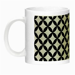 Circles3 Black Marble & White Leather Night Luminous Mugs