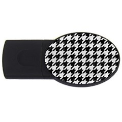 Houndstooth1 Black Marble & White Leather Usb Flash Drive Oval (2 Gb)