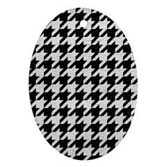 Houndstooth1 Black Marble & White Leather Oval Ornament (two Sides)