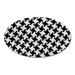 Houndstooth2 Black Marble & White Leather Oval Magnet