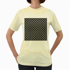Scales2 Black Marble & White Leather (r) Women s Yellow T Shirt