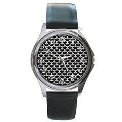 Scales3 Black Marble & White Leather (r) Round Metal Watch