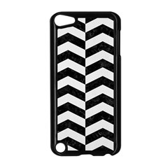 Chevron2 Black Marble & White Linen Apple Ipod Touch 5 Case (black)