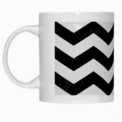 Chevron3 Black Marble & White Linen White Mugs