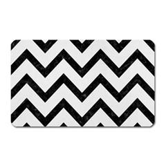 Chevron9 Black Marble & White Linen Magnet (rectangular)