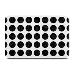 Circles1 Black Marble & White Linen Plate Mats