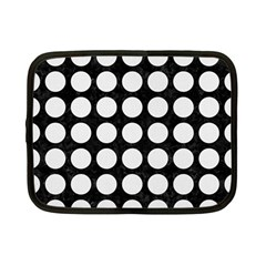 Circles1 Black Marble & White Linen (r) Netbook Case (small)