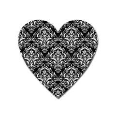 Damask1 Black Marble & White Linen (r) Heart Magnet