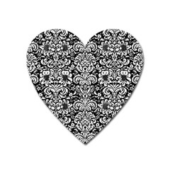Damask2 Black Marble & White Linen (r) Heart Magnet