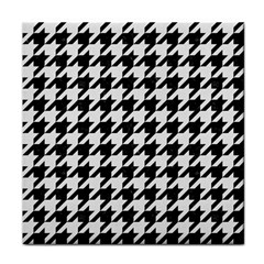 Houndstooth1 Black Marble & White Linen Tile Coasters