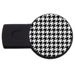 Houndstooth1 Black Marble & White Linen Usb Flash Drive Round (4 Gb)