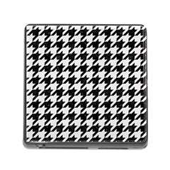 Houndstooth1 Black Marble & White Linen Memory Card Reader (square)