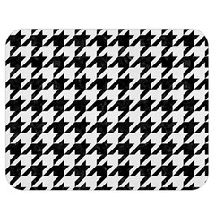 Houndstooth1 Black Marble & White Linen Double Sided Flano Blanket (medium)