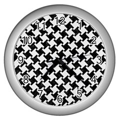 Houndstooth2 Black Marble & White Linen Wall Clocks (silver)