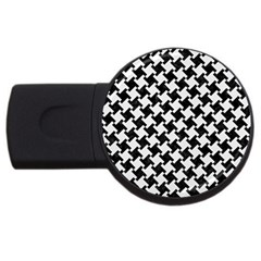 Houndstooth2 Black Marble & White Linen Usb Flash Drive Round (2 Gb)