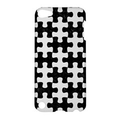 Puzzle1 Black Marble & White Linen Apple Ipod Touch 5 Hardshell Case