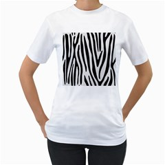 Skin4 Black Marble & White Linen (r) Women s T Shirt (white)