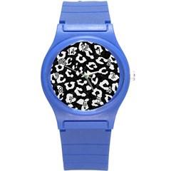 Skin5 Black Marble & White Linen Round Plastic Sport Watch (s)