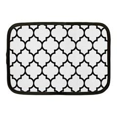 Tile1 Black Marble & White Linen Netbook Case (medium)