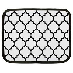 Tile1 Black Marble & White Linen Netbook Case (xl)