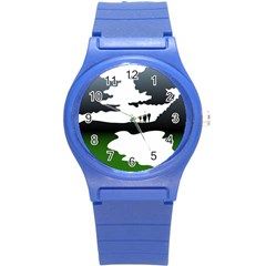 Landscape Silhouette Clipart Kid Abstract Family Natural Green White Round Plastic Sport Watch (s)